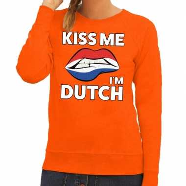 Kiss me i am dutch trui oranje dames