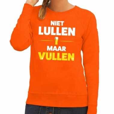 Niet lullen maar vullen tekst trui oranje dames