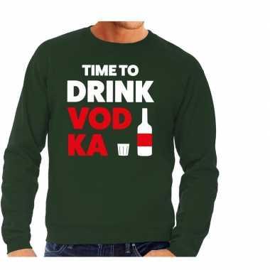Time to drink vodka tekst trui groen heren