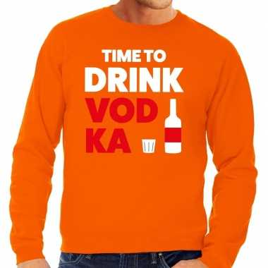 Time to drink vodka tekst trui oranje heren