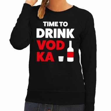 Time to drink vodka tekst trui zwart dames