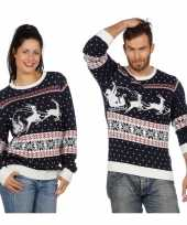 Donkerblauwe kerst trui rendieren slee volwassenen